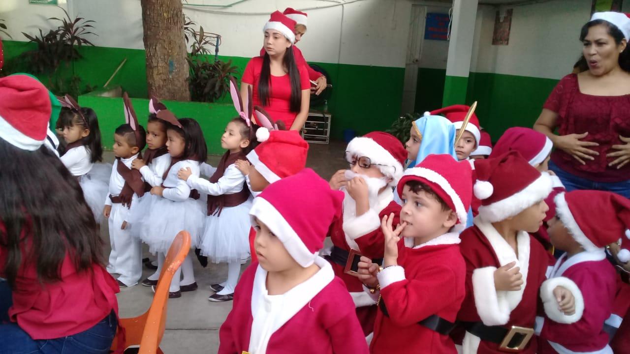 Efectúan Gala Navideña en el Kínder Sebastiana Carrillo Páez