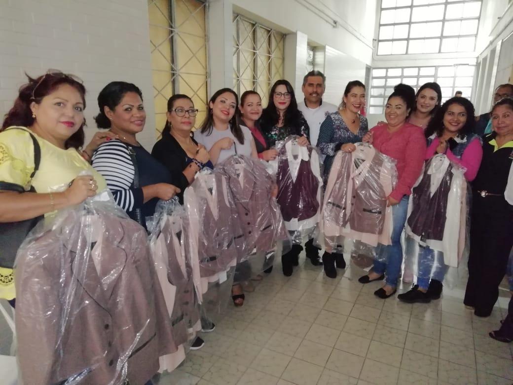 Personal sindicalizado del Ayuntamiento recibe nuevos uniformes