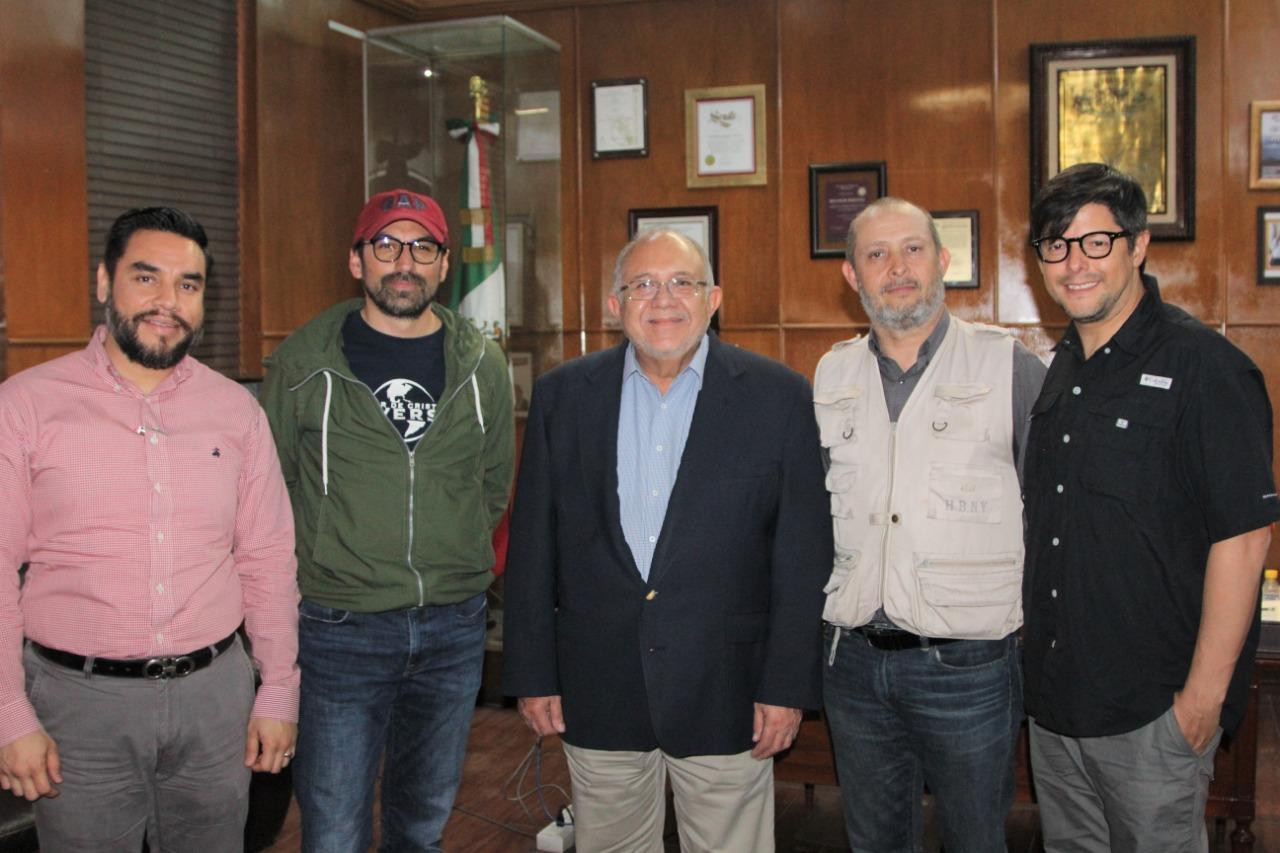 El Gobierno Municipal abre las puertas del puerto al mundo cinematográfico