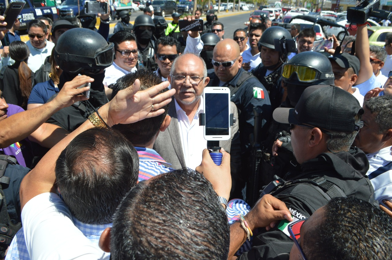 Nadie por encima de la ley, reitera autoridad municipal en cuanto a bloqueos transportistas