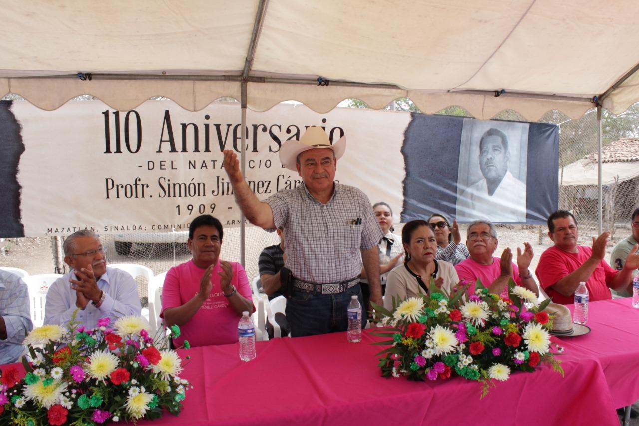 Recuerdan en El Armadillo al profesor Simón Jiménez Cárdenas