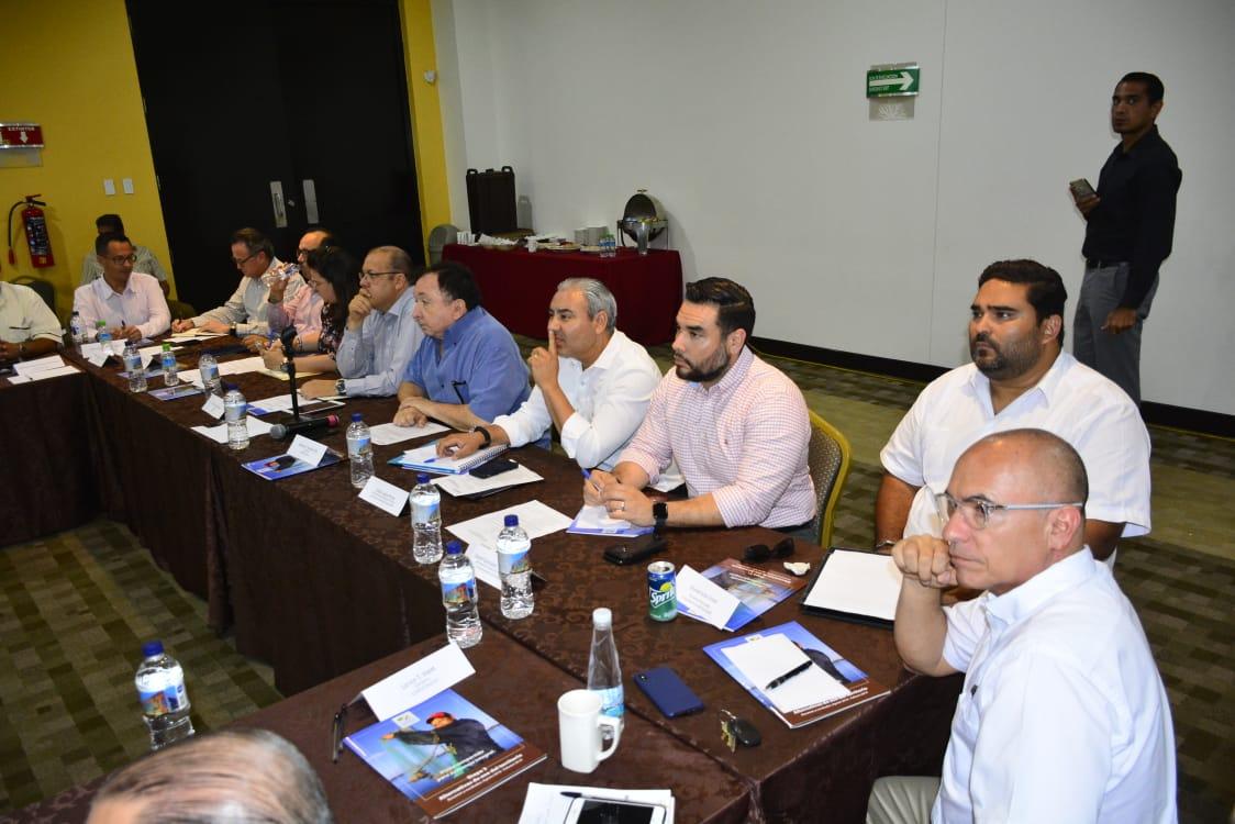 Presentan ante Codesin avances en proceso de certificación de playas