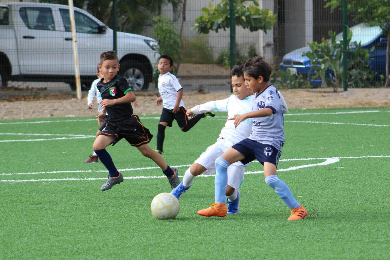 Brillan Tuzos en la Liga Imdem de Futbol