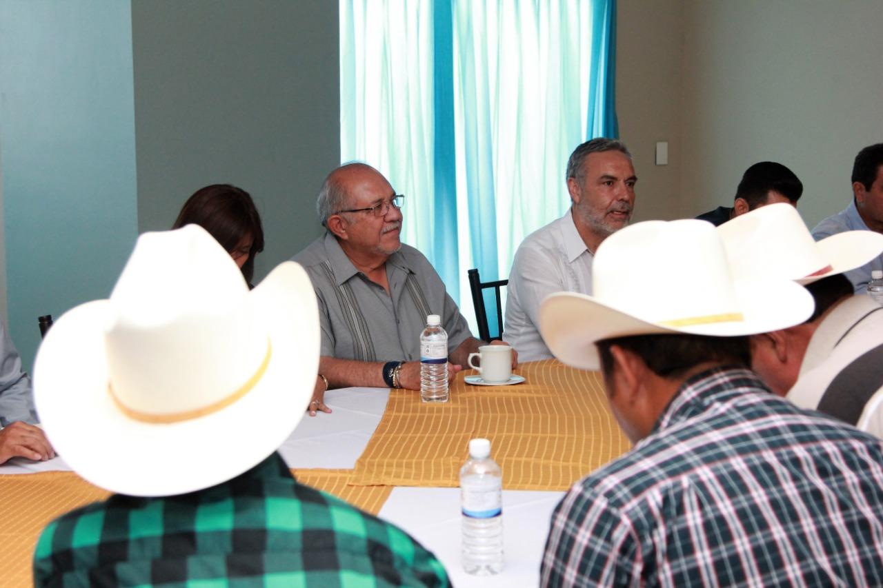 Pone Alcalde sobre la mesa el tema de la presa Picachos