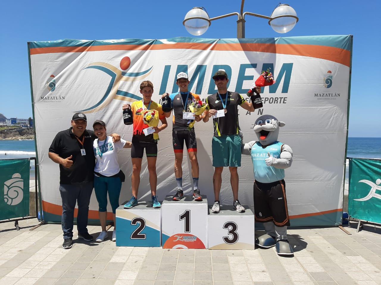 Atletas de Jalisco y Querétaro ganan Triatlón Imdem Olas Altas