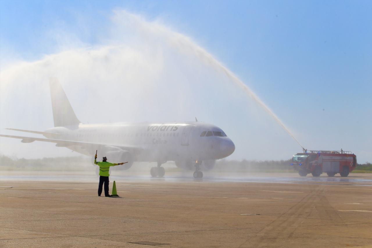 Inauguran el vuelo Monterrey-Mazatlán, de Volaris