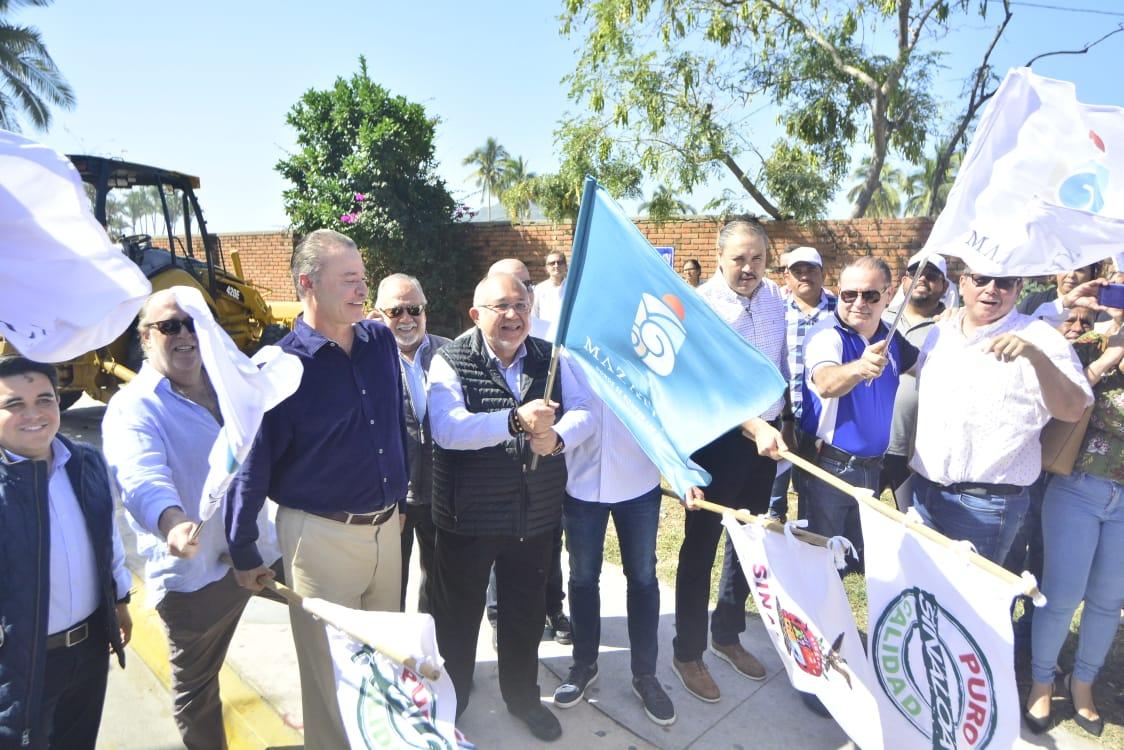 Dan banderazo para la reconstrucción de la Avenida Camarón Sábalo