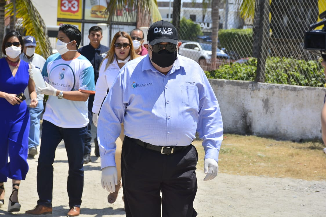 Anuncia el Químico Benitez Torres cierre de playas en Mazatlán hasta nuevo aviso
