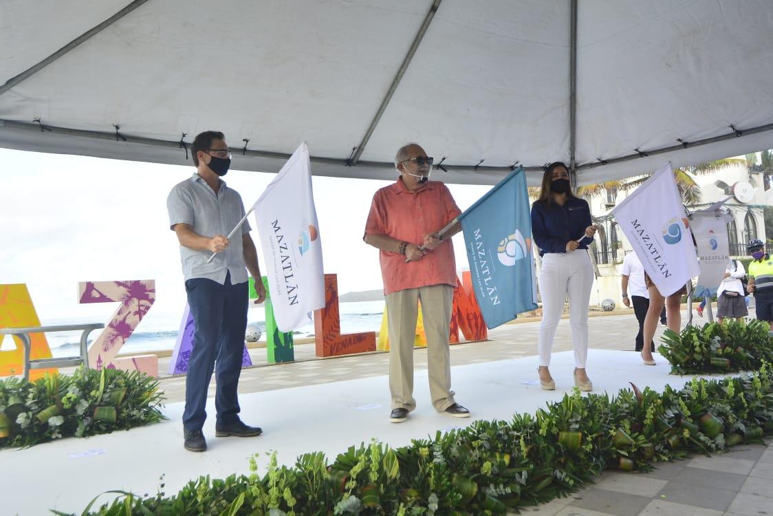 Dan banderazo de inicio para reapertura turística de Mazatlán