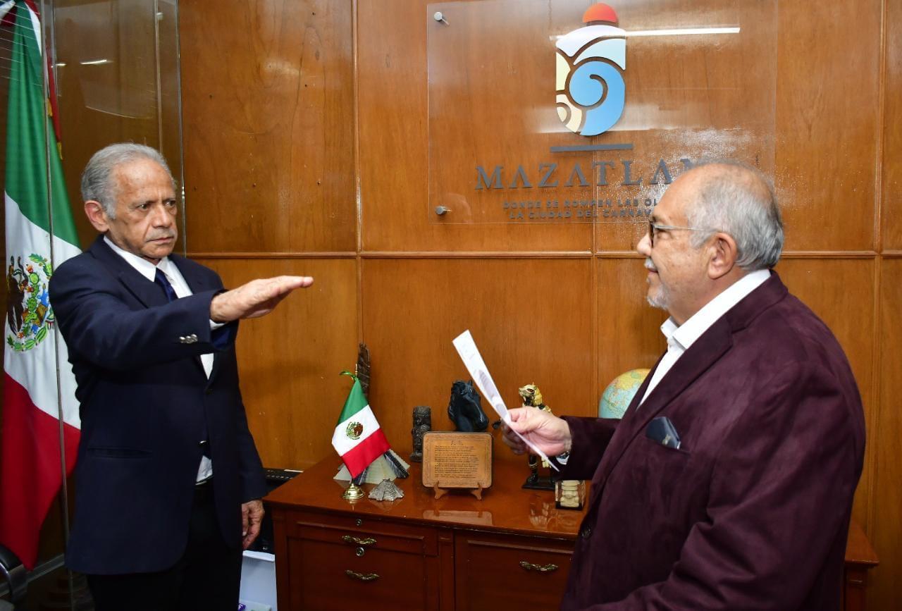 Llega Héctor Hernández Llamas a la Secretaría de Presidencia de Mazatlán
