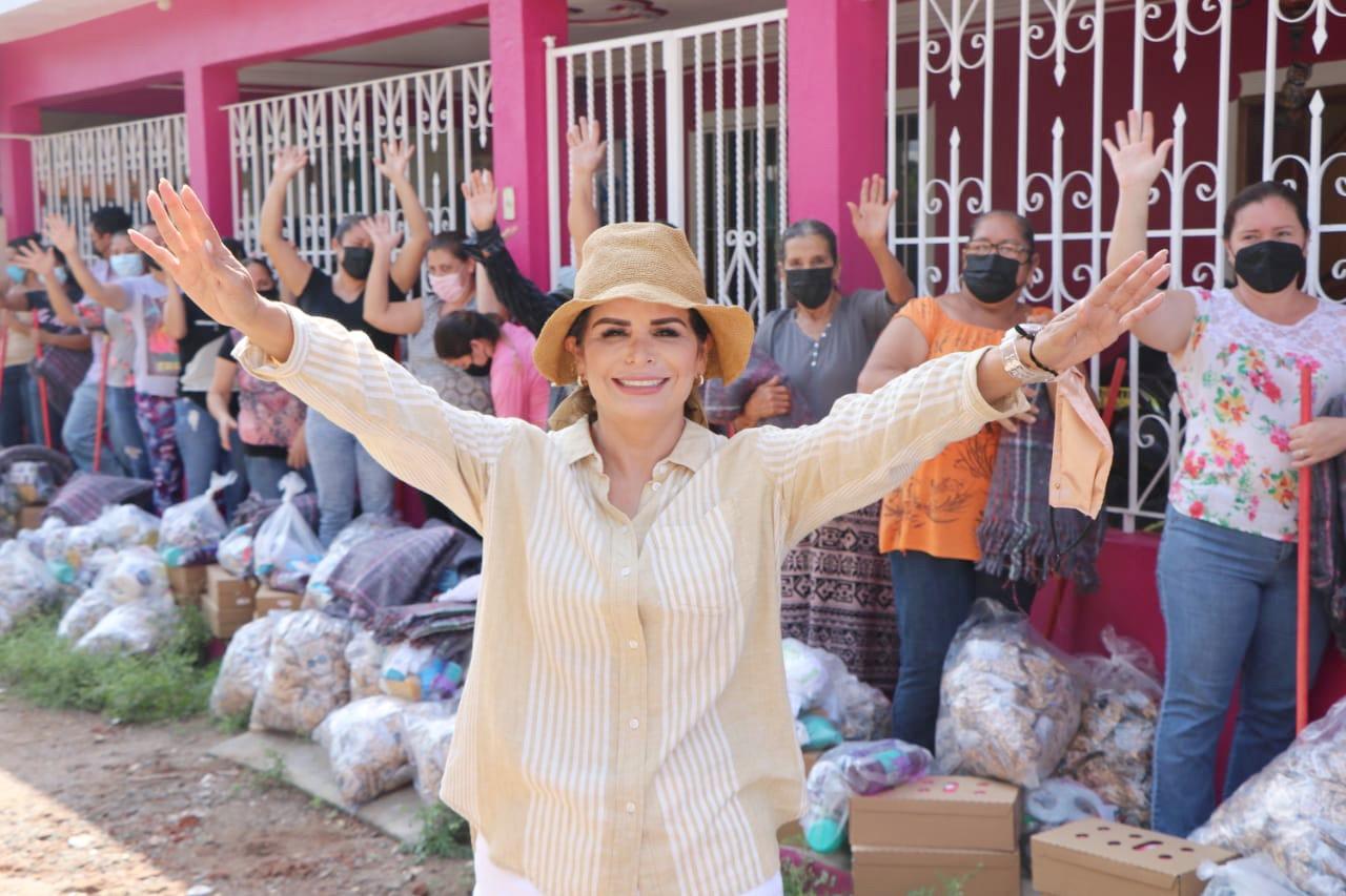 DIF Mazatlán entrega apoyos extraordinarios en la comunidad de Veranos*